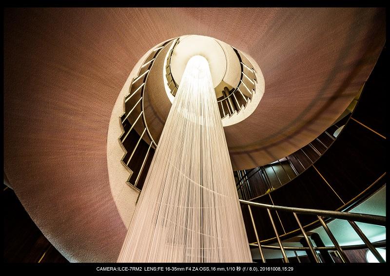 20161008大阪螺旋階段建築spiral3.jpg
