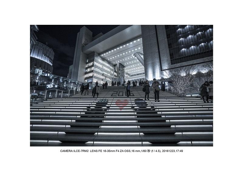 クリスマスな大阪・梅田をカメラ散歩散歩16.jpg