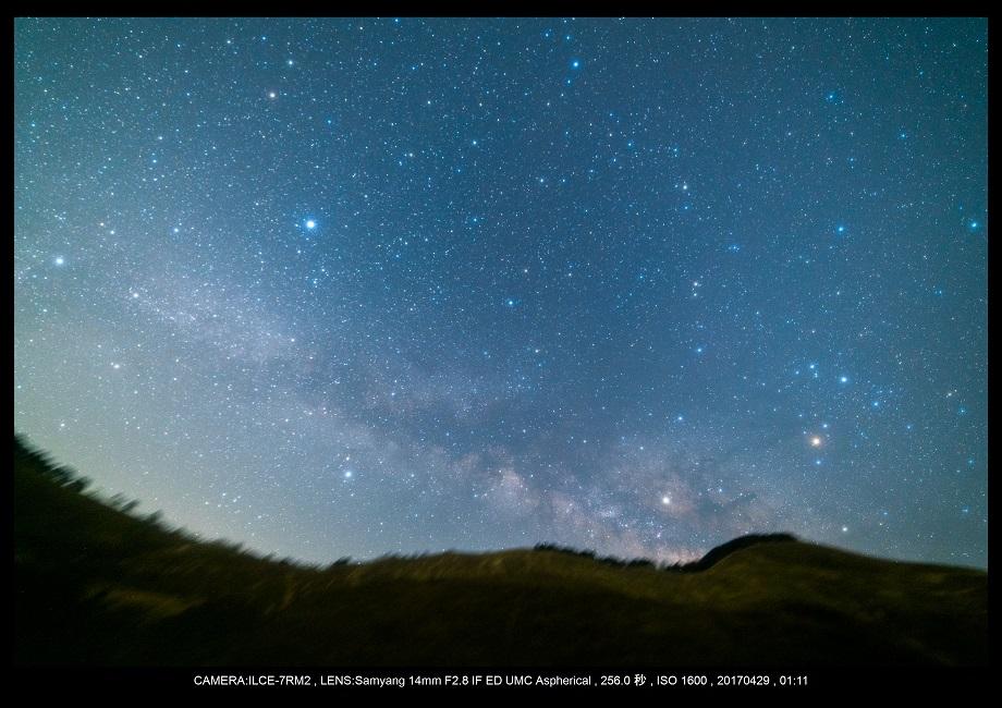 奈良の曽爾高原で天の川な星景を赤道儀ポラリエで4.jpg