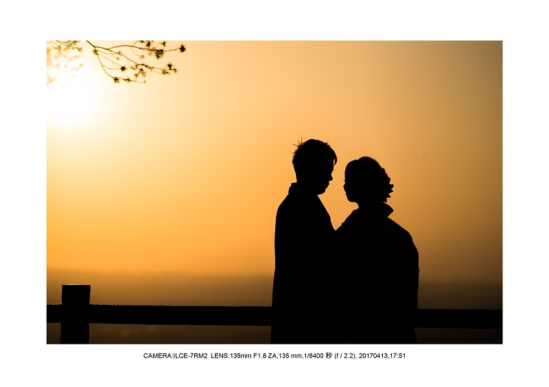 奈良絶景・若草山で鹿のシルエットと夕日夕陽5.jpg
