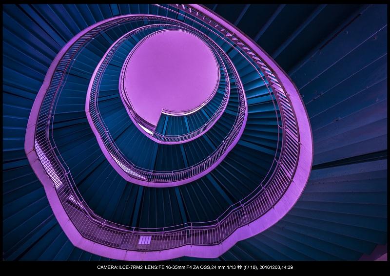 浜松SPIRAL・スパイラルDNAな螺旋階段に萌えた4.jpg